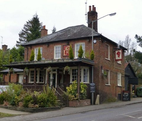 BEACONSFIELD - Red Lion, Knotty Green